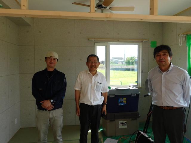 DSCN1783.JPG 米沢様完成気密測定.JPG